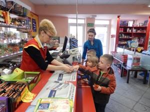 Wycieczka do sklepu – Radosne Słoneczka
